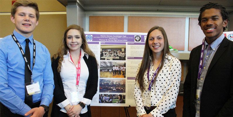 Thomas W. Harvey Students Present Heroin Heroes Poster